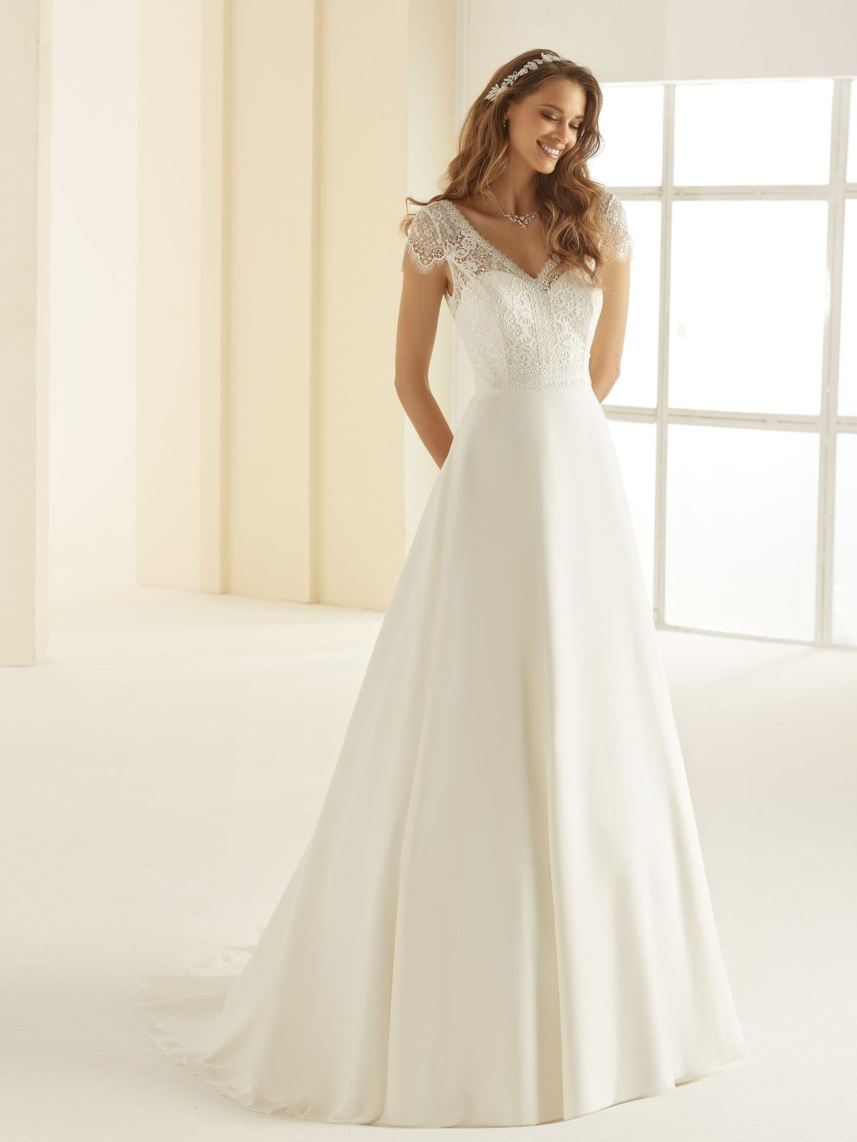 bianco-evento-bridal-dress-natalie-_1__2