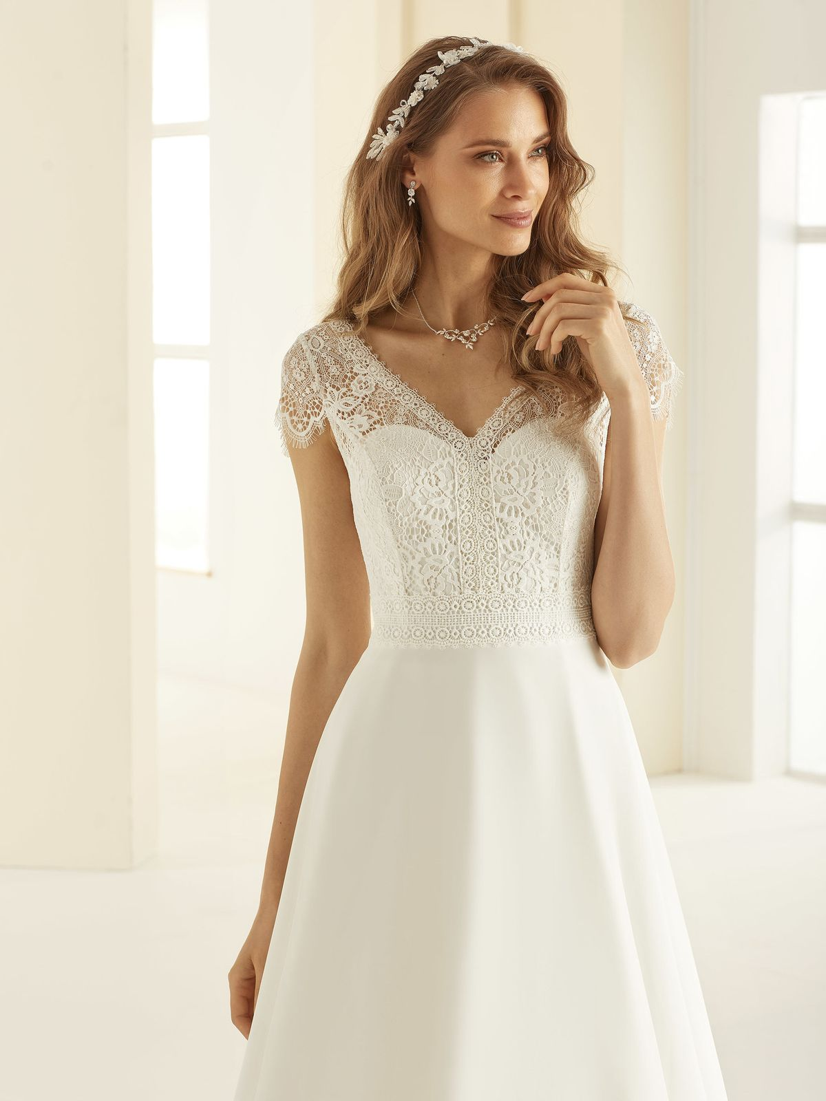 bianco-evento-bridal-dress-natalie-_2__2